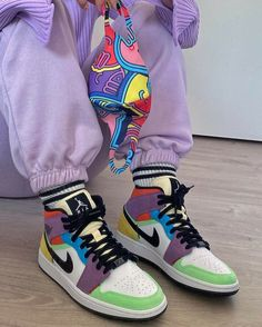 Jordan Shoes Girls, Girls Shoes, Jordan Outfits, Air Jordan Shoes, Cute Sneakers, Shoes Sneakers, Jordans Sneakers, High Top Sneakers, Kd Shoes