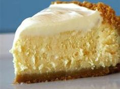 5 Minute - 4 Ingredient No Bake Cheesecake 1 can of sweetened condensed milk  • 1 8 ounce tub of cool whip  • 1/3 cup of lemon or lime juice  • 1 8 ounce package of cream cheese. pie crust