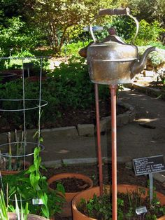 Best Garden Designs,outdoor space,  home inspiration, creative garden, DIY garden, kettle as garden stake
