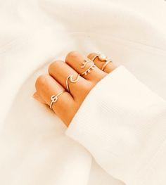 Hand Jewelry, Dainty Jewelry, Simple Jewelry, Cute Jewelry, Jewelry Accessories, Fashion Accessories, Fashion Jewelry, Jewlery, Accesorios Casual