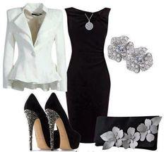 Vestido tubinho preto com blazer branco, acessórios colar, brinco, clutch e salto alto.