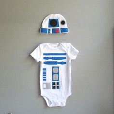 Star Wars Baby Costume - I kind of wish I had a little baby, just so I could do this for Halloween :)