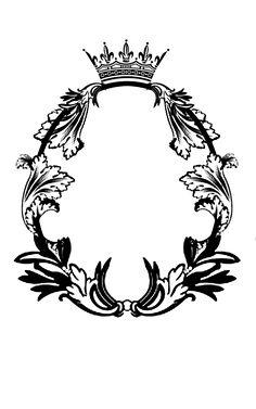 Royal Oval Frame