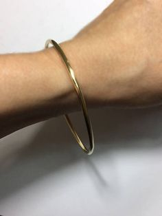 Solid 14K Gold Bangle  2.6mm  10 gauge Round Smooth Design