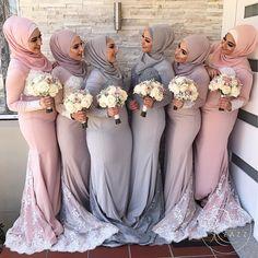 Muslim bride & bridesmaids inspiration pic via Muslim Wedding Dresses, Muslim Brides, Muslim Women, Muslim Girls, Muslim Fashion, Modest Fashion, Hijab Fashion, Bridal Hijab, Bridal Gowns