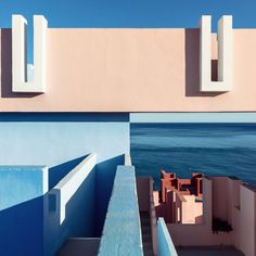 Architectural photographer Sebastian Weiss has captured the brightly coloured La Muralla Roja housing estate designed by Spanish architect Ricardo Bofill in his latest photo series. Spanish Architecture, Beautiful Architecture, Interior Architecture, Interior Design, Ricardo Bofill, Building Stairs, Upcoming Series, Internal Courtyard, Architectural Photographers