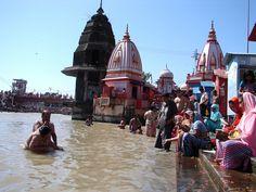 #magiaswiat #Haridwar #podróż #wakacje #zwiedzanie # indie #blog #ghaty #ganges #rzeka Haridwar, Indie, Blog, Blogging