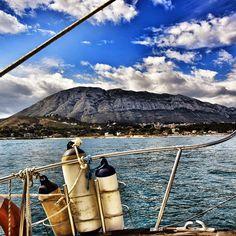 preciosa imagen del #montgo en #denia desde la mar. Foto de @domi64