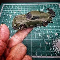 Hot Wheels Customs : La Porsche Rauh-Welt de Pisut Masanong