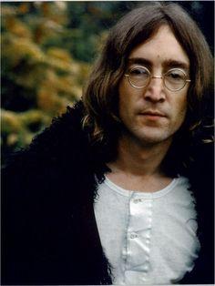 Homicidio. Lennon fue ultimado a balazos cuando llegaba a su vivienda ubicada sobre el Central Park en Nueva York. Foto de archivo.