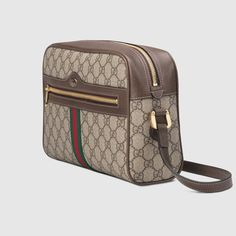meet b9b43 d6485 Gucci Ophidia GG Supreme small shoulder bag Detail 2
