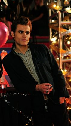 Hello Brother, Vampier Diaries, Vampire Diaries Wallpaper, Stefan Salvatore, Paul Wesley, Vampire Diaries The Originals, Series 3, Beautiful Boys, Miraculous