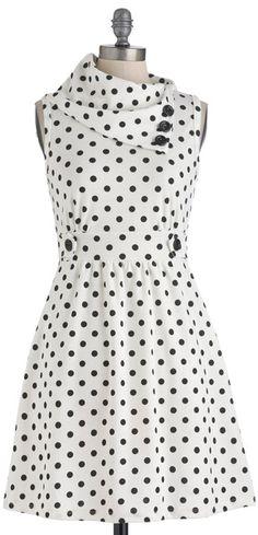 Coach Tour Dress in Dots