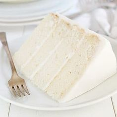 The is the BEST bakery white cake! I have sampled dozens of recipes to find a white cake that was lovely and moist and light, and this is it! Perfect White Cake Recipe, 6 Inch White Cake Recipe, Bakery Style Cake, Bakery Style White Cake Recipe, White Buttercream Frosting, Homemade White Cakes, Italian Cream Cakes, I Am Baker, Best Bakery