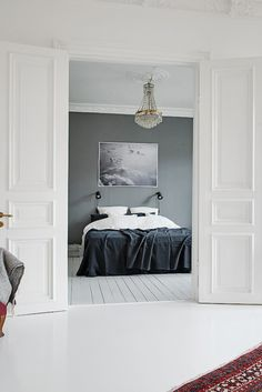 My Scandinavian Home / Duvet day in this monochrome bedroom? Monochrome Bedroom, Monochrome Interior, Interior Design Examples, Interior Design Inspiration, Awesome Bedrooms, Beautiful Bedrooms, Duvet Day, Scandinavian Interior, Grey Walls