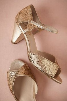 The low heel on these sparkly gold pumps is a dream!