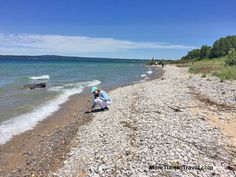 Northwest Michigan Lake Country: Finding Petoskey Stones at Little Traverse Bay  - More Time to Travel