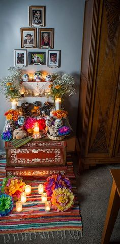 Dia de Muertos-Day of the Dead-Family Altar and Offerings Halloween House, Holidays Halloween, Halloween Crafts, Halloween Decorations, Day Of The Dead Diy, Home Altar, Altar Decorations, Holiday Traditions, Hallows Eve