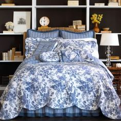 Blue/white Toile Garden quilt, aristocratic french feel with classic styling from JCP.