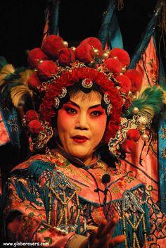 Chinese opera at the Chengdu Teahouse, Chengdu, Sichuan province, CHINA