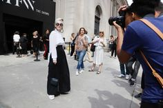 Accidental Icon: Women Changing the Fashion Conversation 1 Older Women Fashion, Womens Fashion, Accidental Icon, Urban Aesthetic, Retro Girls, Older Models, Chinese Model, Fashion Over 50, White Fashion