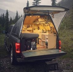 25 Pics and Memes That Are The Perfect Distraction - Wohnmobil/Wohnwagen/Camping - Truck Suv Camping, Camping Ideas, Pickup Camping, Zelt Camping, Camping Set Up, Camping Essentials, Camping Survival, Camping Life, Camping Hacks