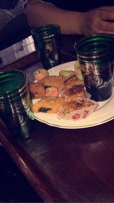 Thé à la menthe et pâtisseries tunisiennes homemade