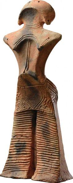 山形県蔵 山形県立博物館に保管されている「土偶(縄文の女神)」は11月21日(金)から12月7日(日)まで展示される                                                                                                                                                                                 もっと見る