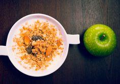 Yoghurt con manzana y cereal