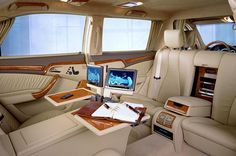 Mercedes Benz S600 Pullman Interior