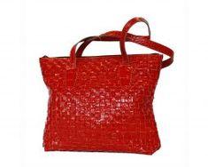 Luxusná tkaná kožená kabelka č. 8597 v červenej farbe Tote Bag, Bags, Fashion, Handbags, Moda, Fashion Styles, Totes, Fashion Illustrations, Bag