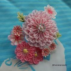 イメージ 2 Ribbon Art, Ribbon Crafts, Flower Crafts, Diy Crafts, Handmade Flowers, Diy Flowers, Fabric Flowers, Paper Flowers, Ribbon Decorations