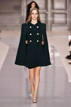 Look 23 from the Chloé Fall-Winter 2017 collection