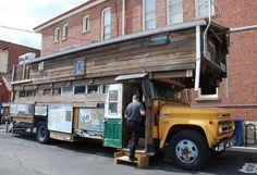 """"""" Bob Waldmire famous bus """" in Pontiac Illinois  http://route66jp.info Route 66 blog ; http://2441.blog54.fc2.com https://www.facebook.com/groups/529713950495809/"""