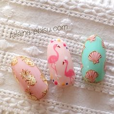 Japanese nails with very cute patterns - flamingo and shells