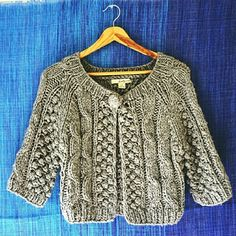"HP F21 Cropped Chunky Knit Cardigan Impeccable condition, worn & washed once. Thick yarn but light weight. One oversized button. Cropped length: 17"", three quarter sleeves. Perfect for layering.  Price is negotiable, bundles take 10% off. Want to negotiate bundle prices? Just ask :)! Forever 21 Sweaters Cardigans"