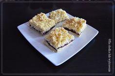Na słodko lub wytrawnie: Kruche ciasto z czereśniami, budyniem i kruszonką