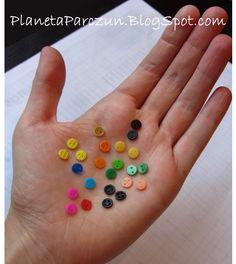 How to make Barbie sized buttons (so clever!)  PLANETA PARCZUN: Własnoręcznie robione guziczki :)
