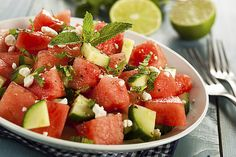 Melon recipe for losing weight: Salad with watermelon, cucumber and feta - Kuchen - Salat Rezepte Cucumber Watermelon Salad, Watermelon Recipes, Mint Salad, Fruit Recipes, Fruit Salad, Potluck Recipes, Summer Recipes, Healthy Recipes, Cheeseburgers