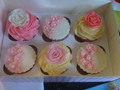 New baby girl cup cakes