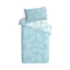 Add a tropical touch to your bedroom with this reversible quilt cover set. Cheap Single Beds, Pottery Barn Teen Bedding, Cheap Bed Sheets, Best Bedding Sets, Beach House Decor, Home Decor, Quilt Cover Sets, Home Entertainment, Bed Covers