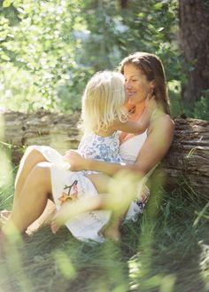 mommy daughter kisses  bretcole.com