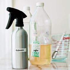 Béa Johnson shows a simple way to reduce waste with your own household cleaner.
