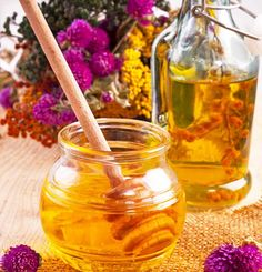 1.-Honey-And-Olive-Oil-Hair-Mask