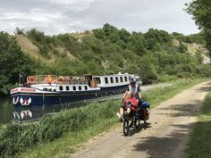 La Belle barge provides small-scale cruising with a very French flavour