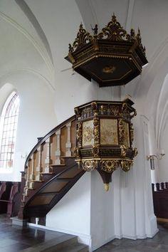 Vor Frue Kirke,, Odense. Prædikestol