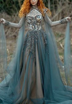Pretty Outfits, Pretty Dresses, Most Beautiful Dresses, Ball Dresses, Ball Gowns, Haute Couture Gowns, Fantasy Gowns, Fantasy Outfits, Fantasy Clothes