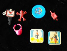 Toy+Lot+Rabbit+in+hat+magic+trick+3d+flicker+toy+ring+thing+premium+Crackerjack+prizes++ #toys #vintagetoys #collectibles