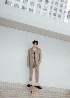 Kpop Exo, Suho Exo, Exo K, Pin Pics, Kim Junmyeon, K Idol, Korean Singer, Pictures, Portrait