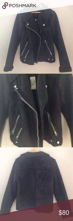 """NWT A/E Outfitters Faux Shearling Moto Jacket ❄️NWT ❄️Keep warm with style~Black faux fur shearling  moto jacket❄️size large fits 39""""-40.5"""" bust or 12/14 American Eagle Outfitters Jackets & Coats"""
